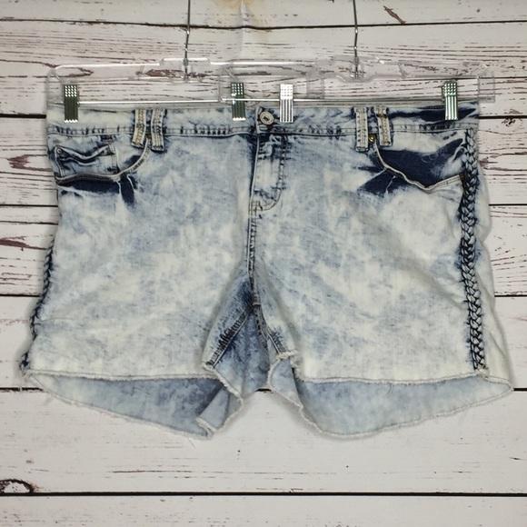Amethyst Jeans Pants - Amethyst 22 acid wash shorts